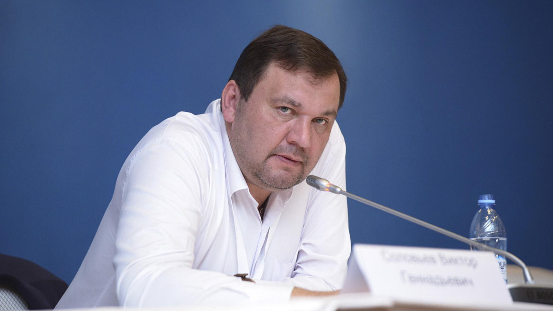 Поздравляем с днем рождения Виктора Соловьева!
