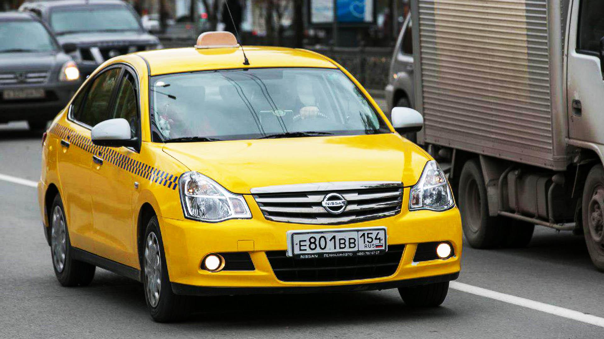 В Новосибирске проверили 1,5 тыс. водителей такси