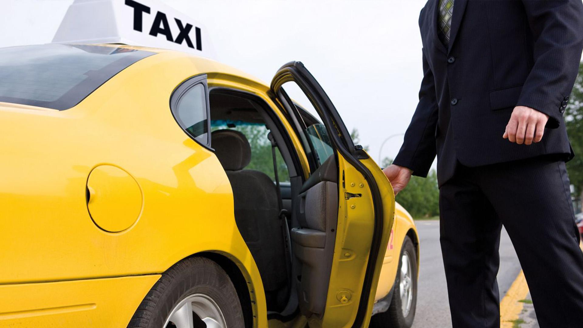 В Петербурге обсудили проект по стандартизации качества обслуживания легковым такси