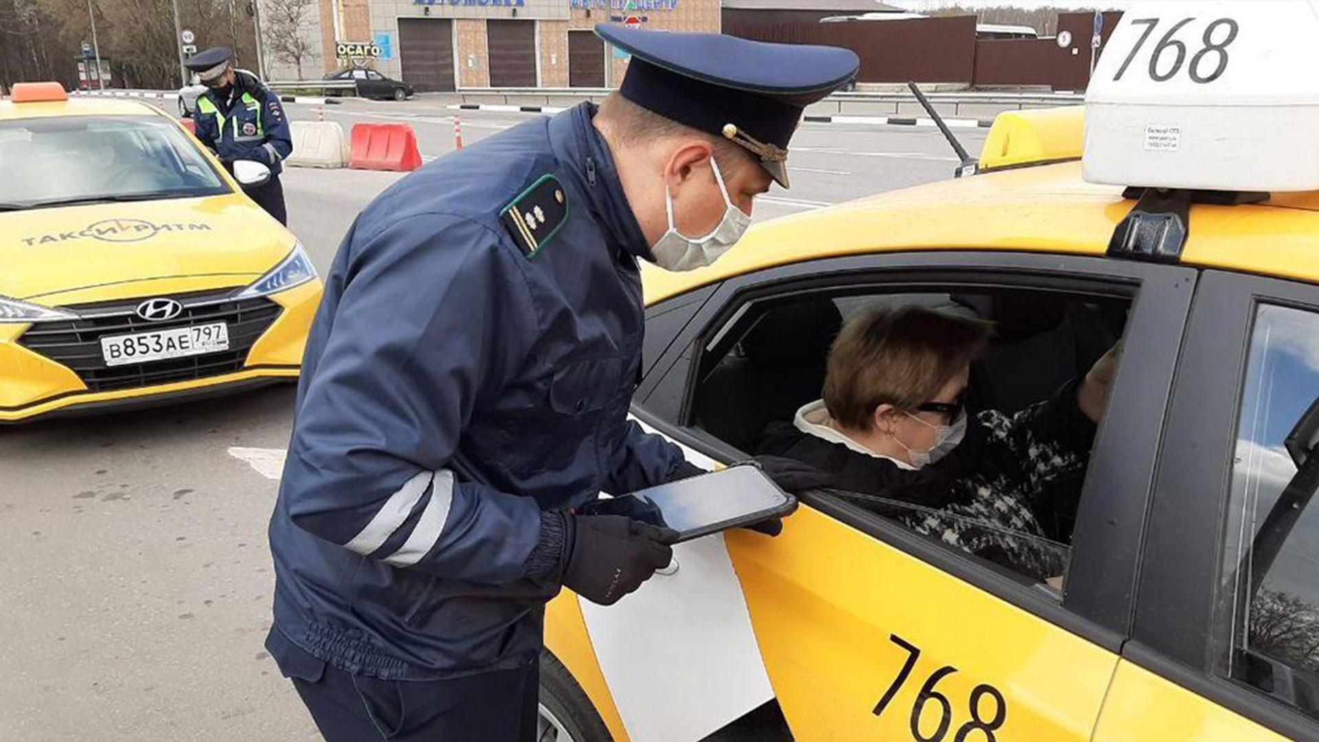 Пассажиров штрафовать или воспитывать?