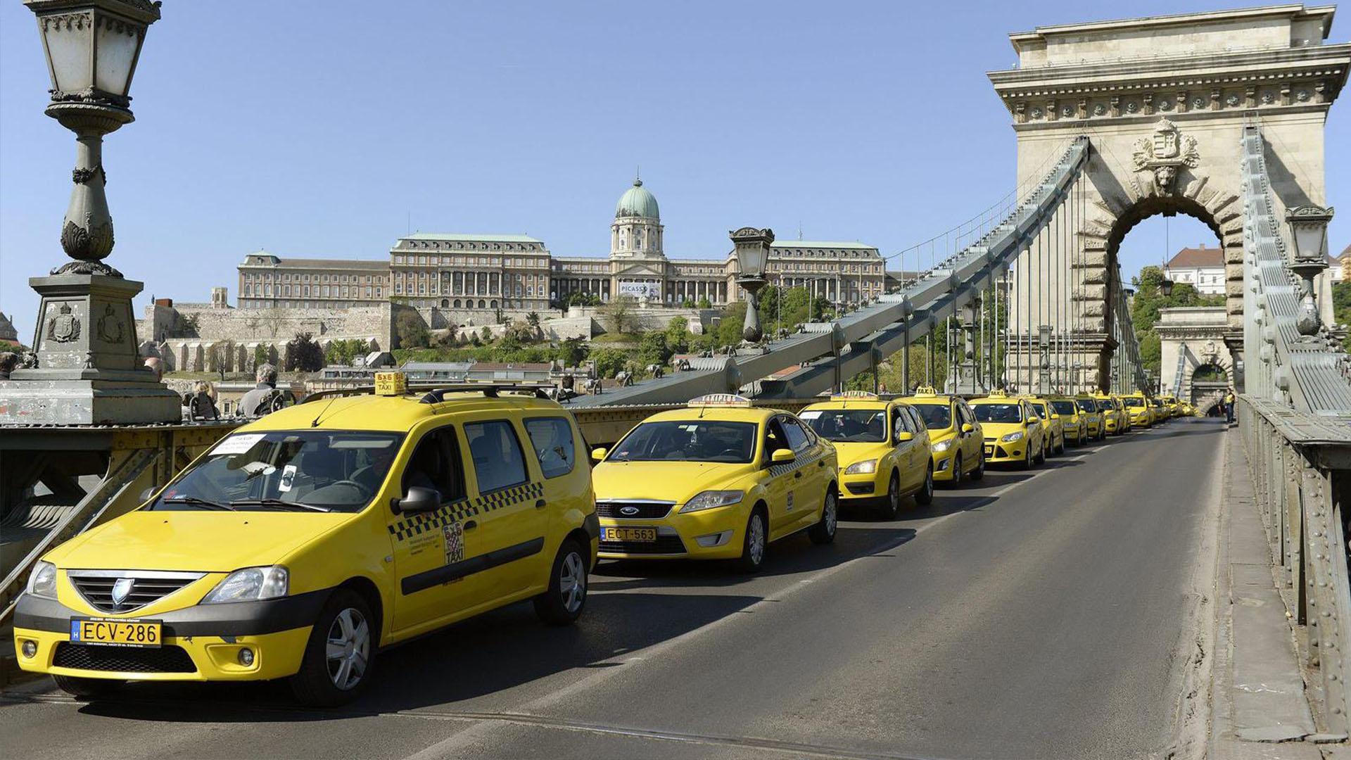 Венгрия планирует субсидировать электротакси