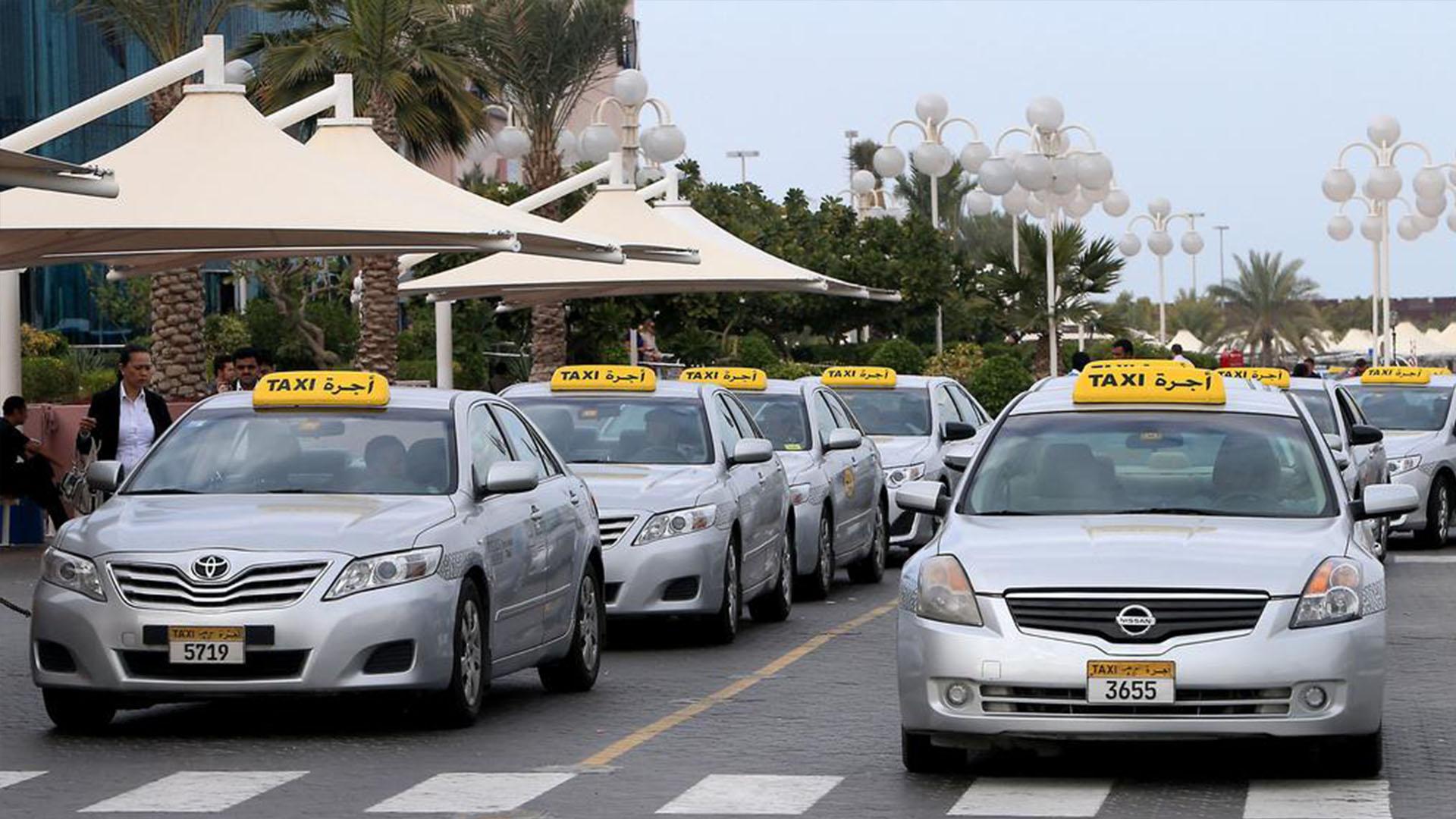 Covid в ОАЭ: теперь платите за проезд в такси без наличных и банковской карты