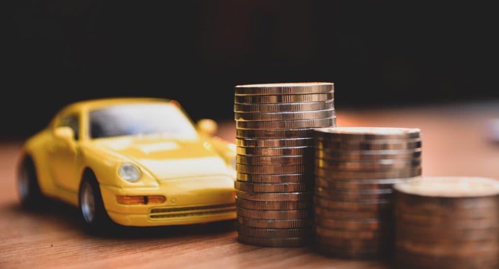 Разрешение на деятельность такси в Челябинске стало в 2 раза дешевле