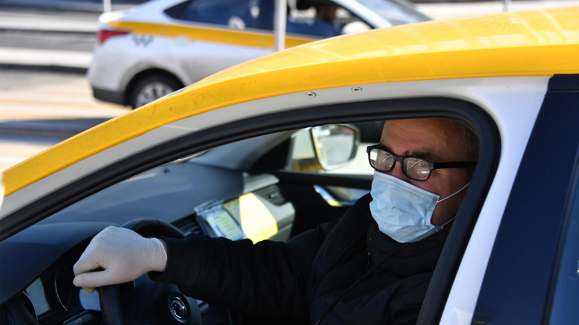 Роспотребнадзор проверил столичные такси на соблюдение санитарно-эпидемических норм